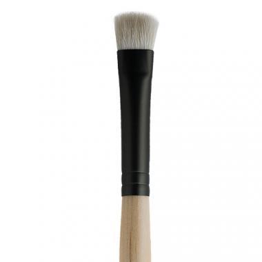 Jane Iredale Chisel Shader Brush Скошенная кисть для теней